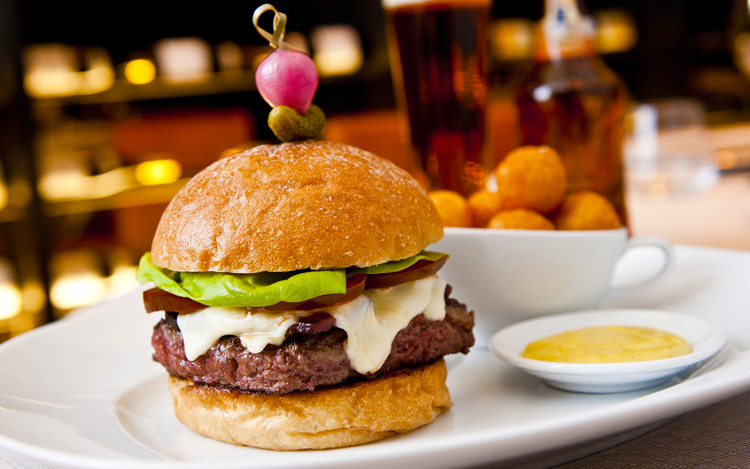 The White Label Burger at Ai Fiori is a Pat LaFrieda blend of chuck, brisket, short rib, and aged rib-eye.