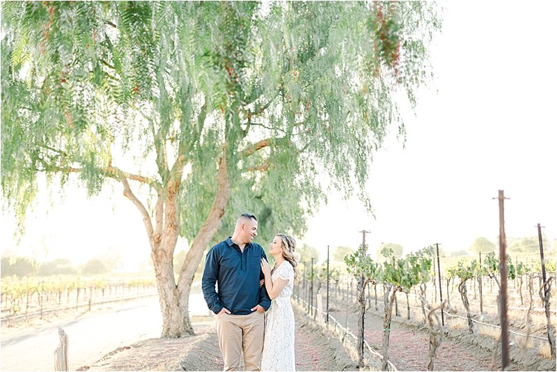 Agua Dulce Winery - Engagement Photos - Tiffany J Photography_0005.jpg