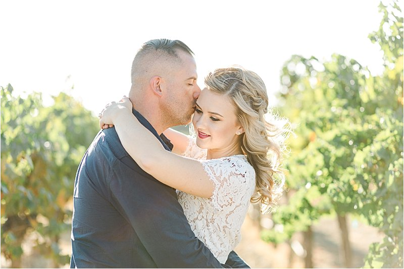 Agua Dulce Winery - Engagement Photos - Tiffany J Photography_0017.jpg