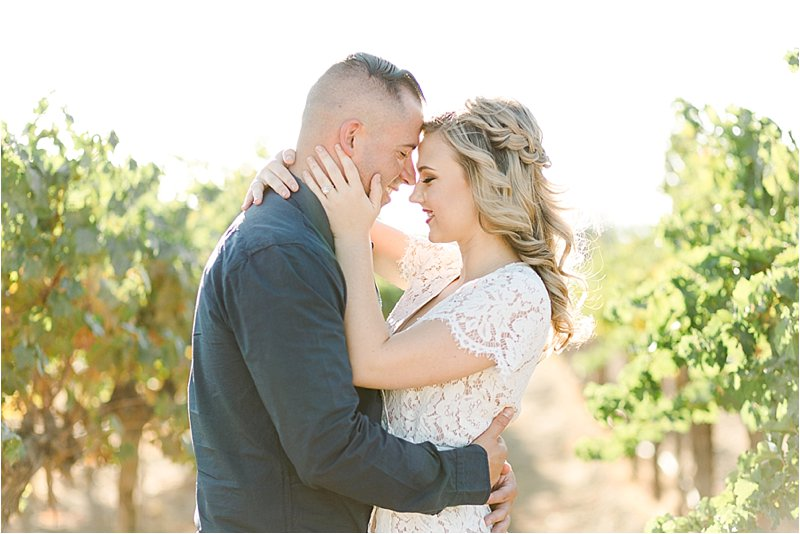 Agua Dulce Winery - Engagement Photos - Tiffany J Photography_0019.jpg