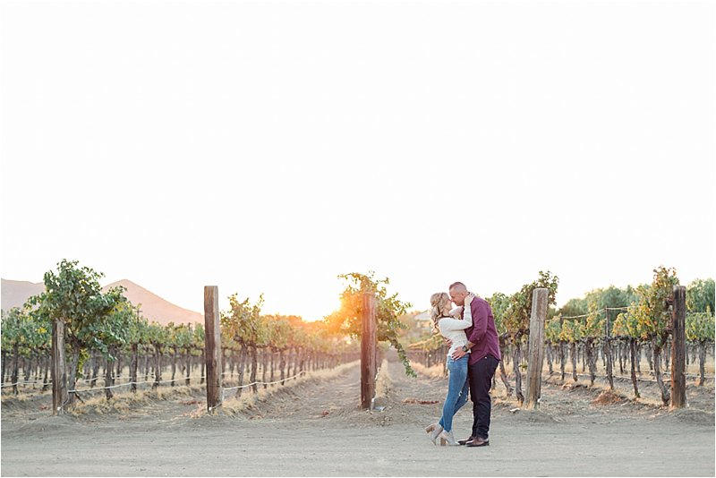 Agua Dulce Winery - Engagement Photos - Tiffany J Photography_0031.jpg