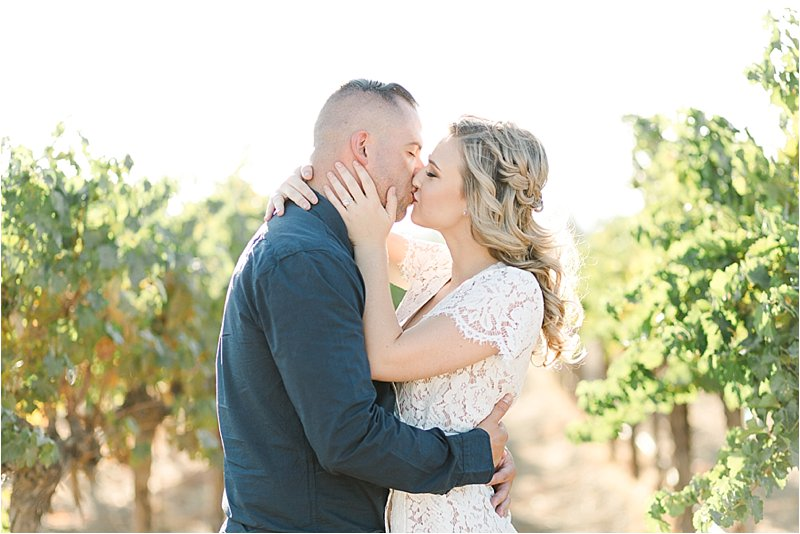 Agua Dulce Winery - Engagement Photos - Tiffany J Photography_0036.jpg