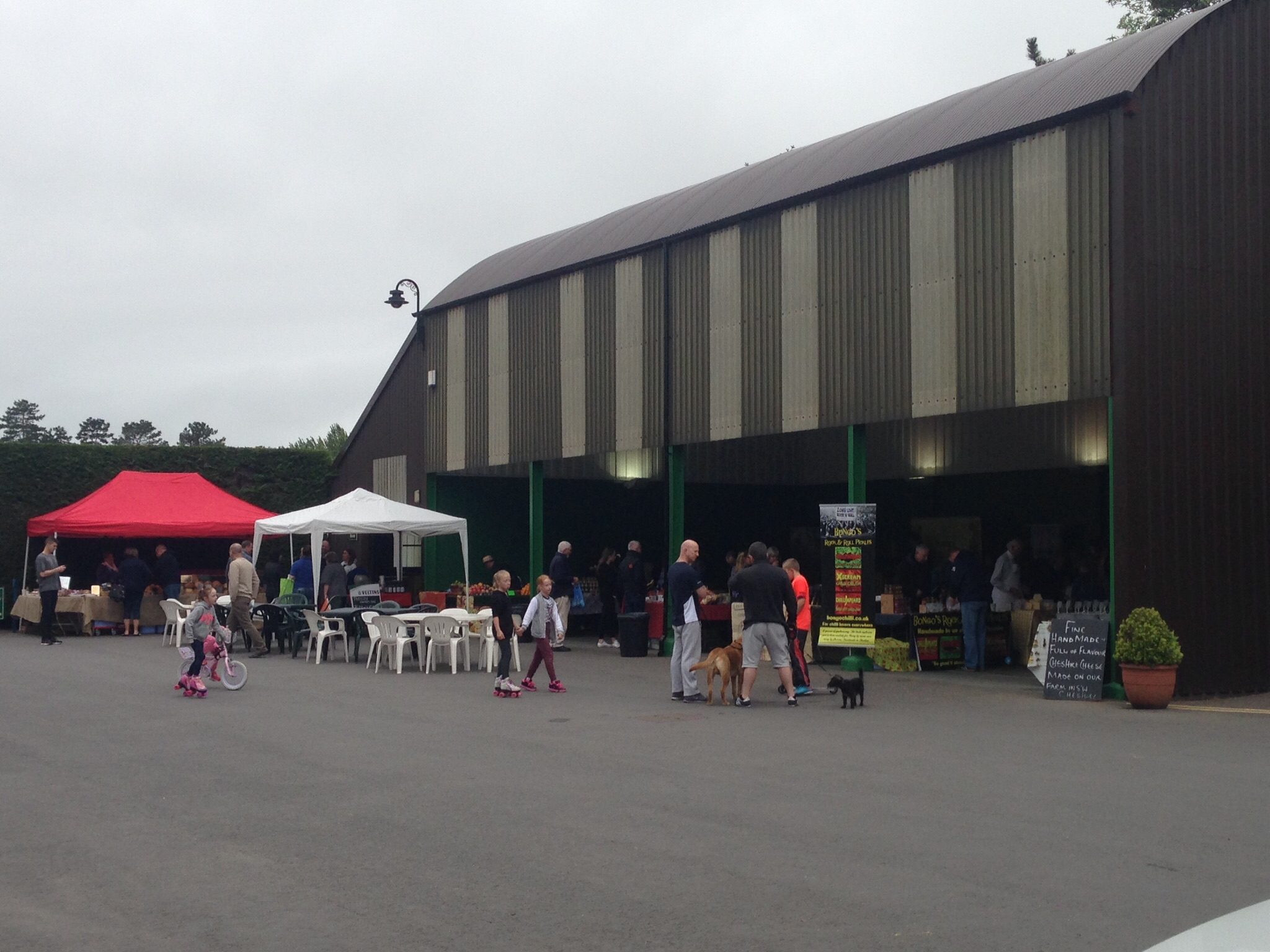 The market is undercover and boasts a really complete range of foodie treats