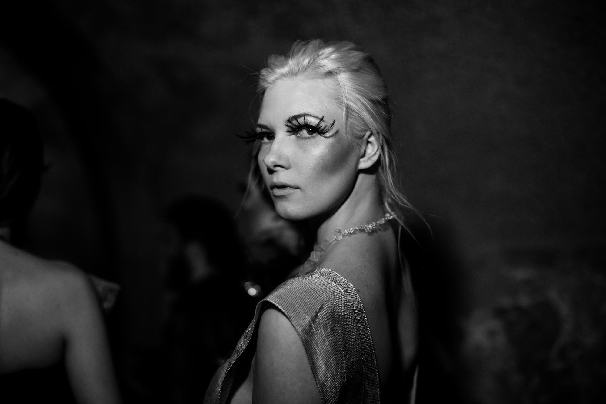 Caroline Hili Backstage_94B8910-488.jpg