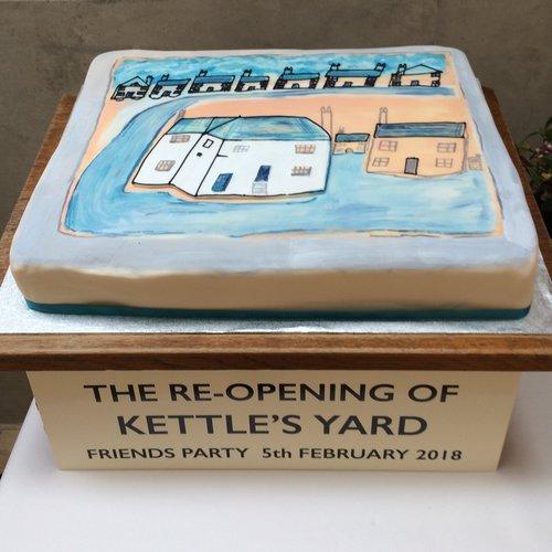 Bespoke, Extra Large & Corporate Cakes