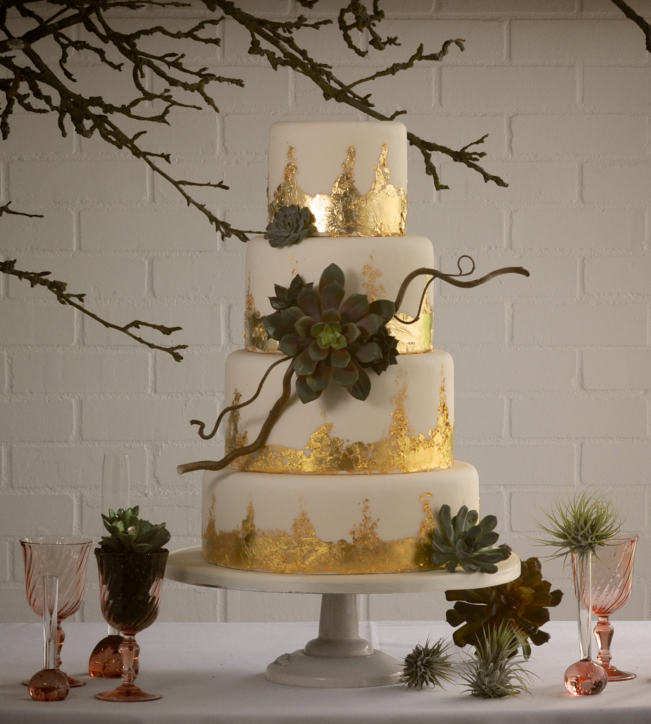Naked Cakes Flowers 5.jpg