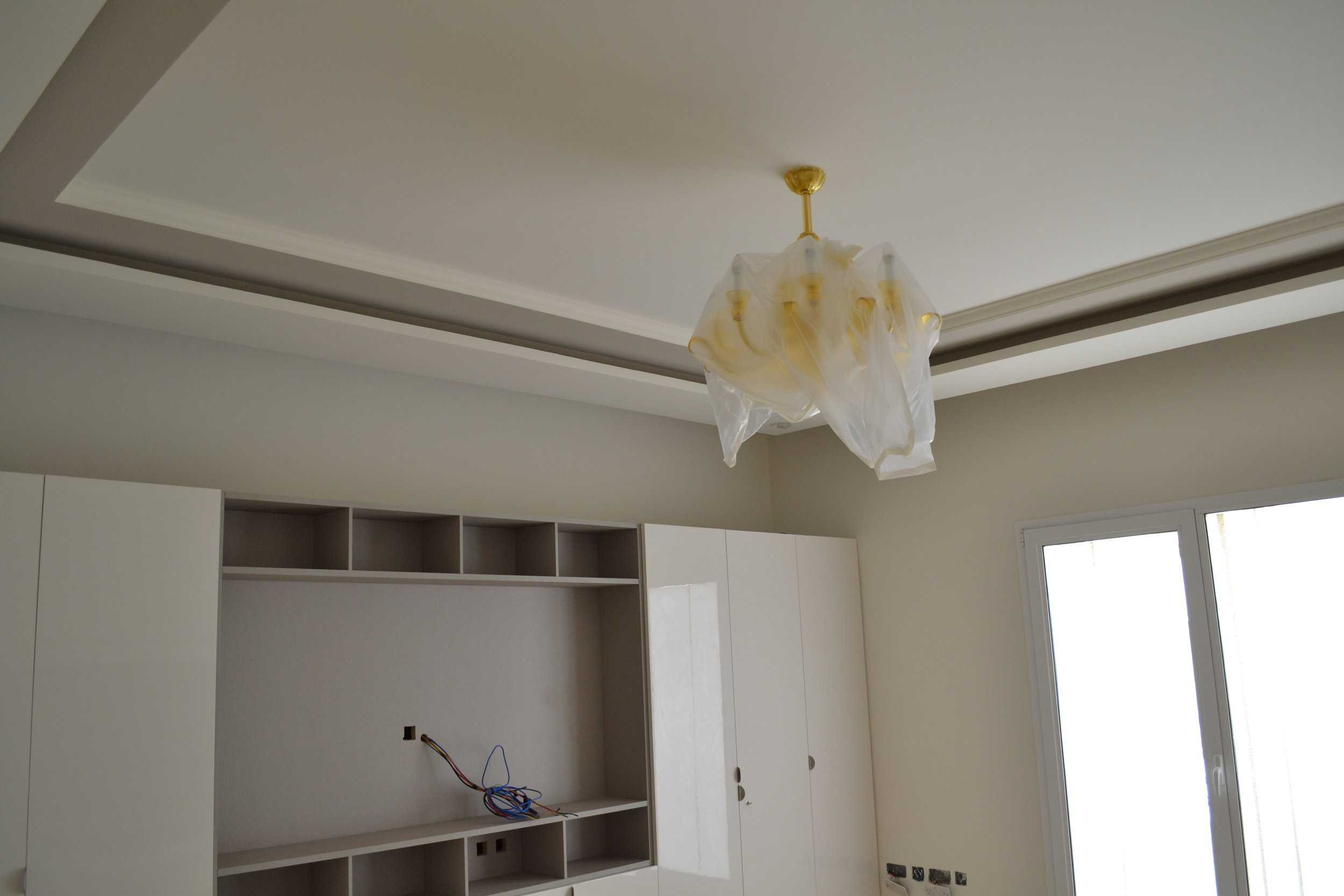 Master bedroom - Emirates hills