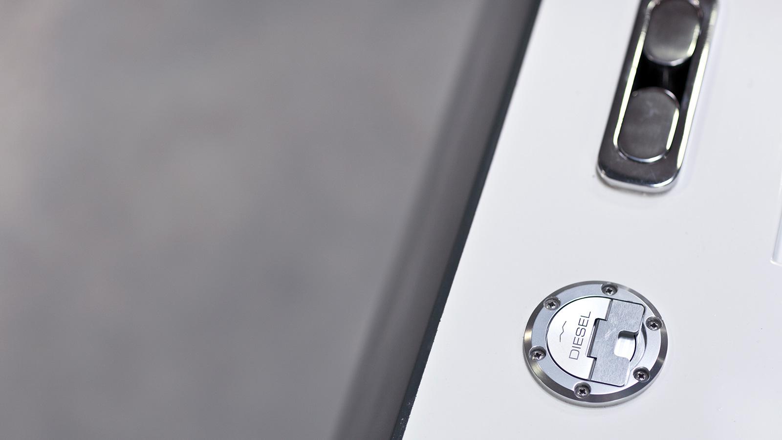 Fuelcap-small.jpg