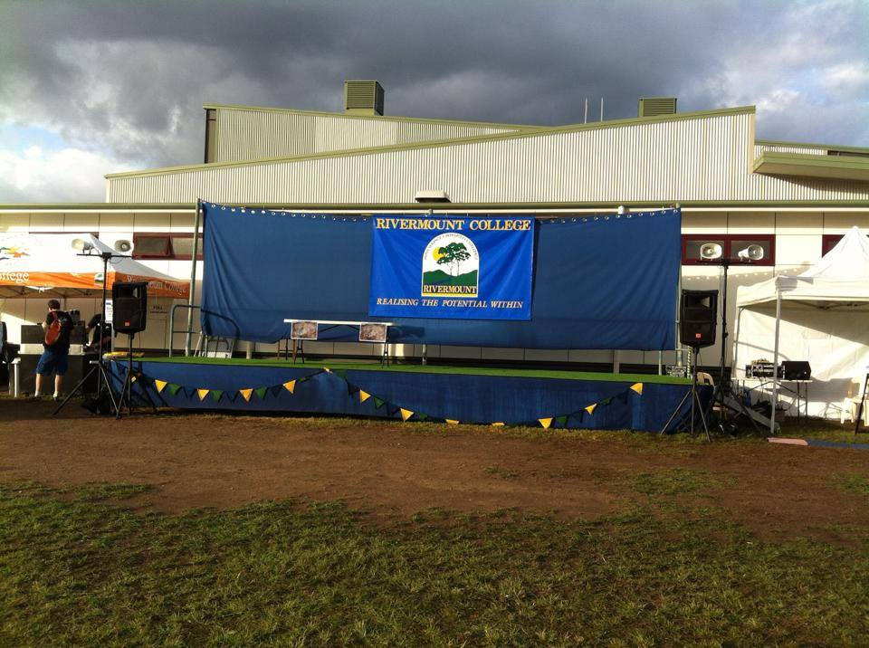 Announcement stage, QGSSS cross country event