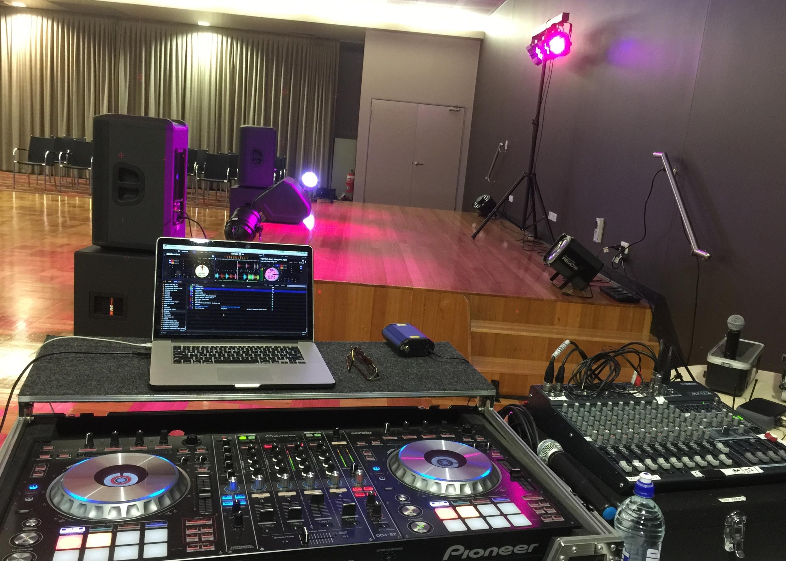 Pro DJ sound system