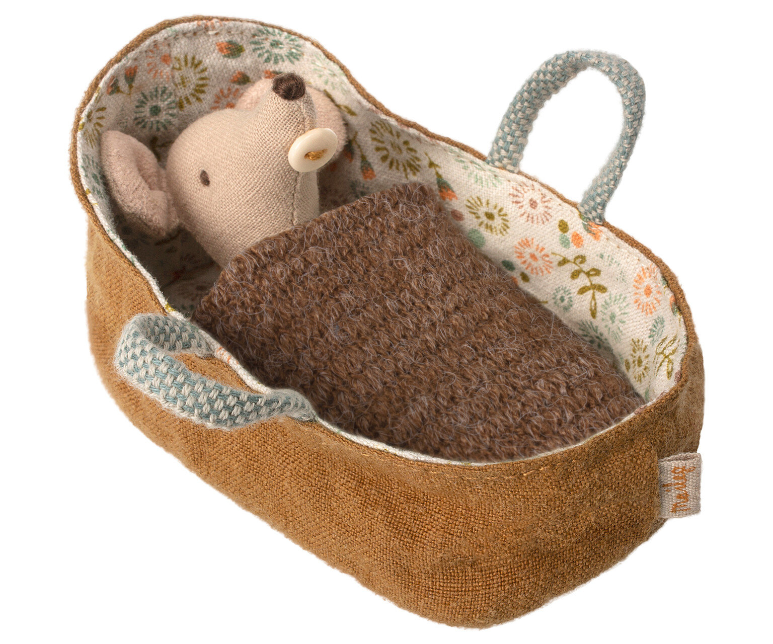 Baby Mouse in Carrycot  £22.00