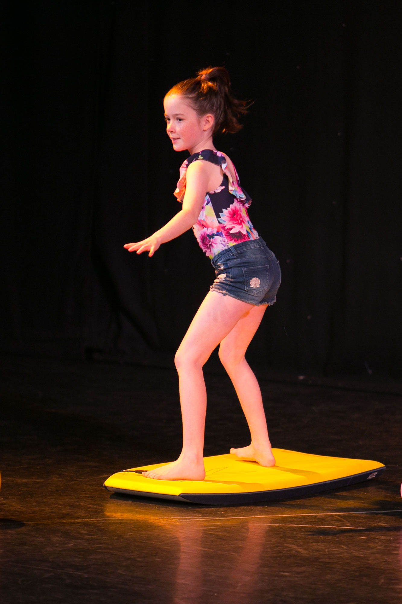 Hitchin_School_of_Dance_Show_2019-SM1_2026.jpg