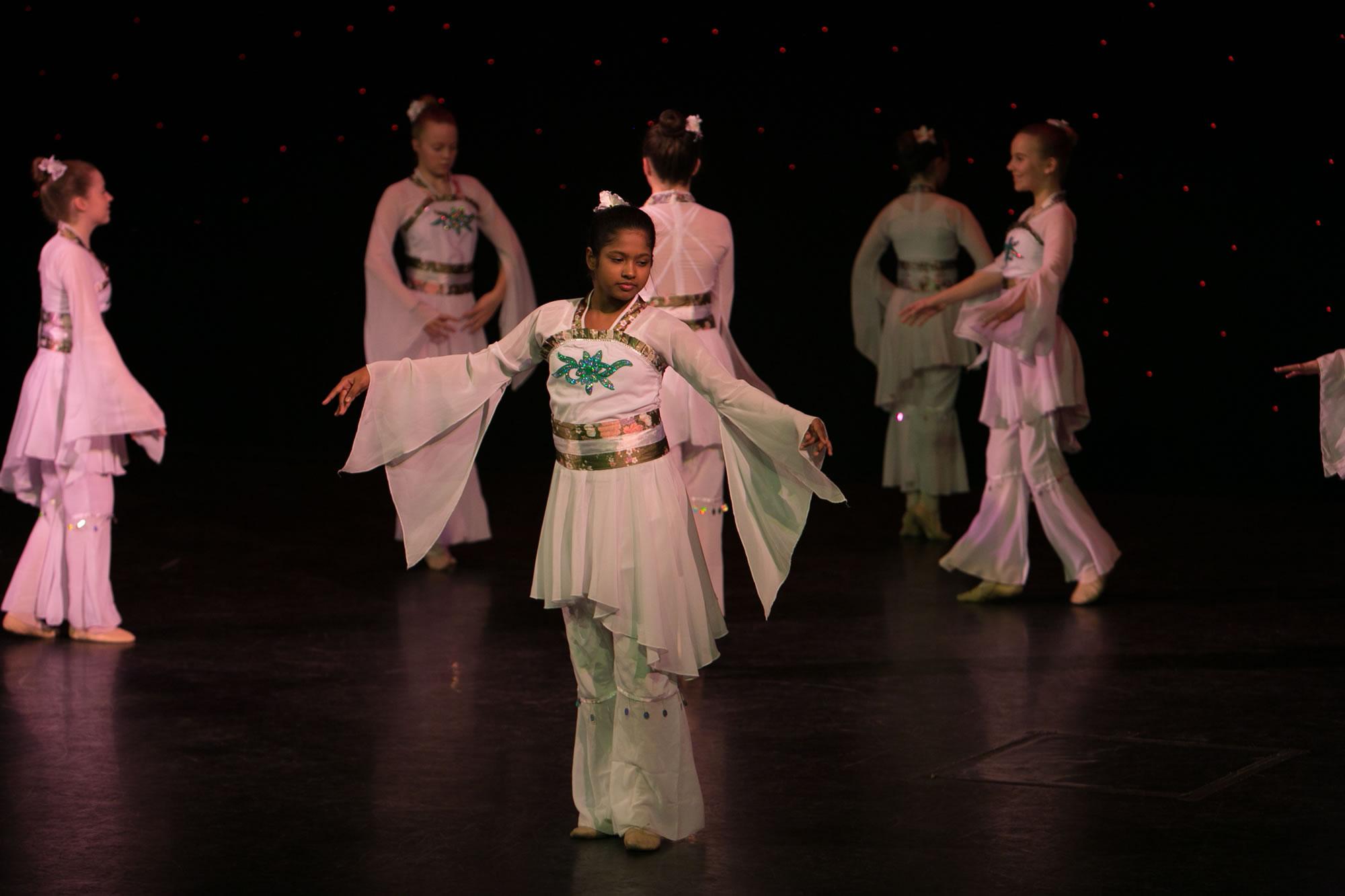 Hitchin_School_of_Dance_Show_2019-SM1_2475.jpg