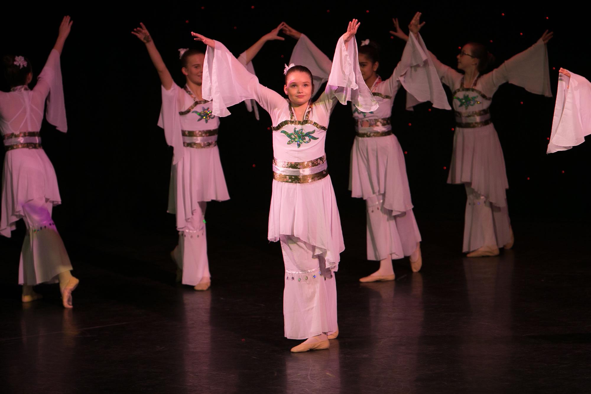 Hitchin_School_of_Dance_Show_2019-SM1_2487.jpg