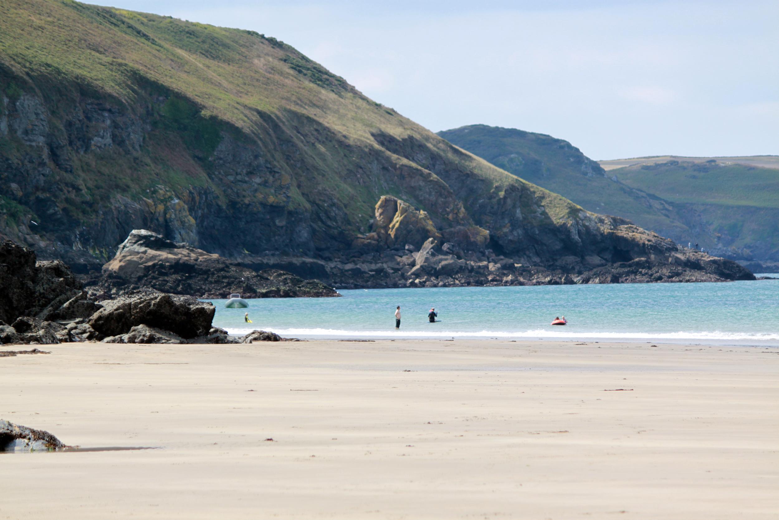 stunning beach.JPG