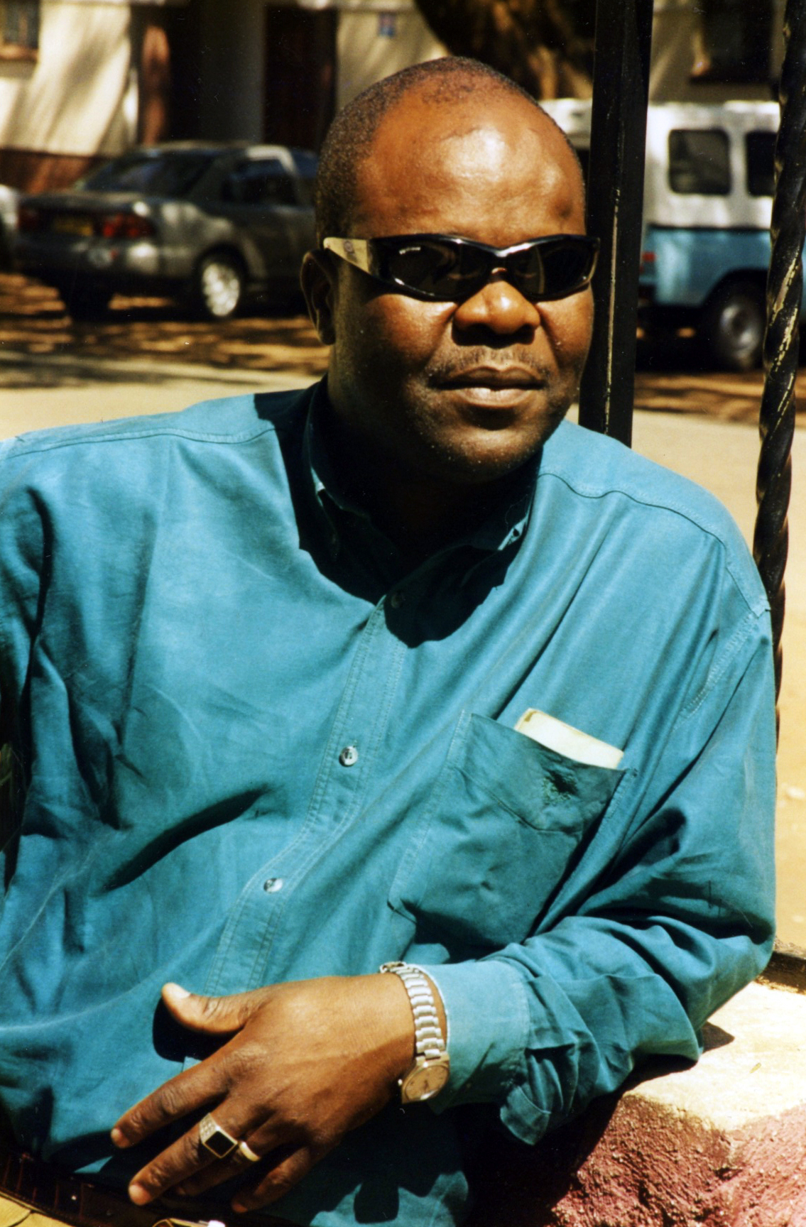 31_ThompsonKachingwe_1998.jpg