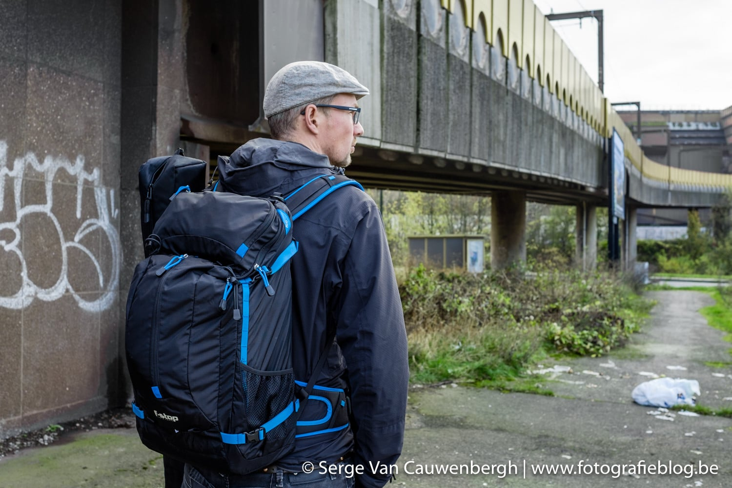 My trusted F-Stop Loka UL backpack and me at the foot of the hill overlooking Charleroi.