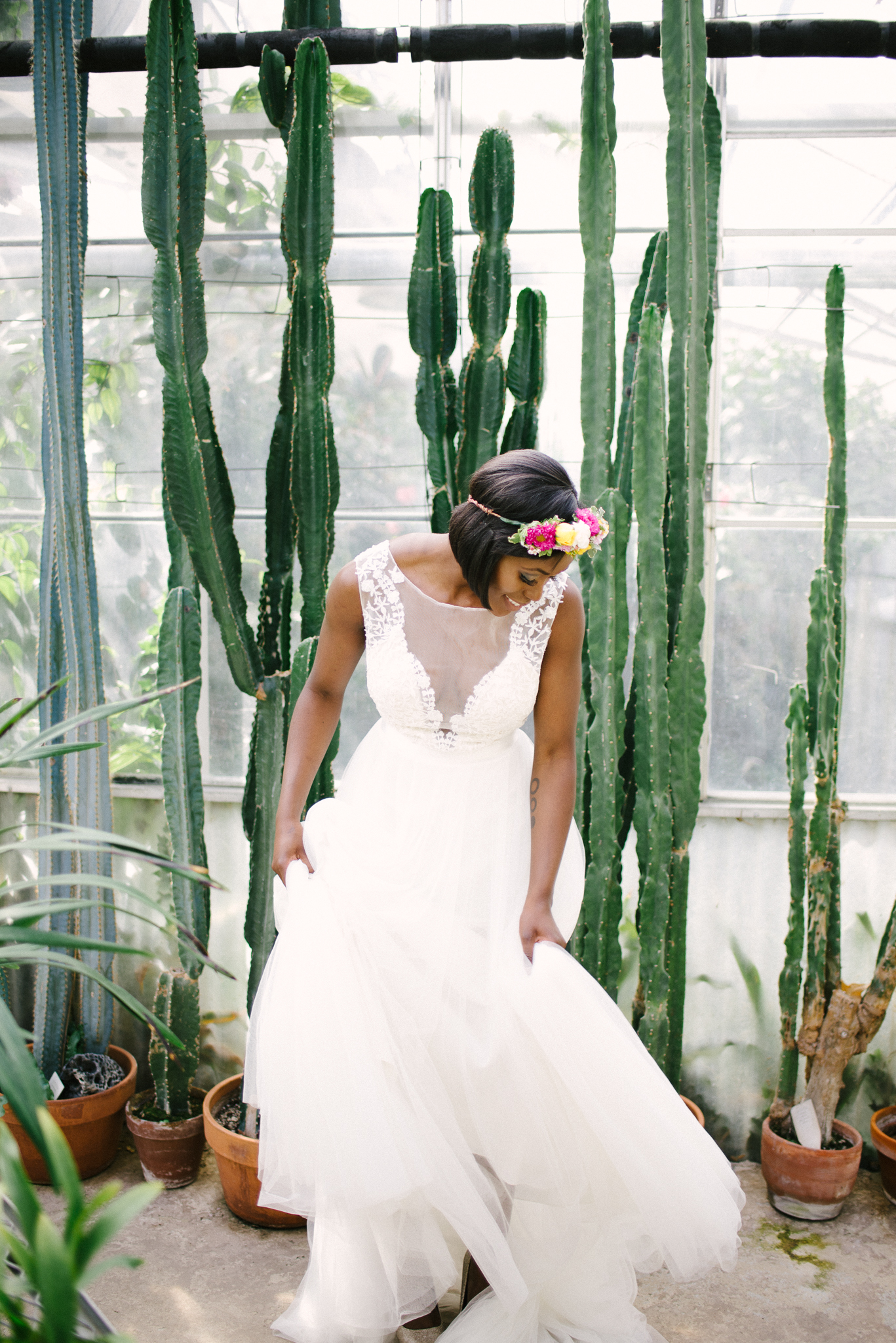 Styled Greenhouse Bridals _ Mann Lesier-108.jpg