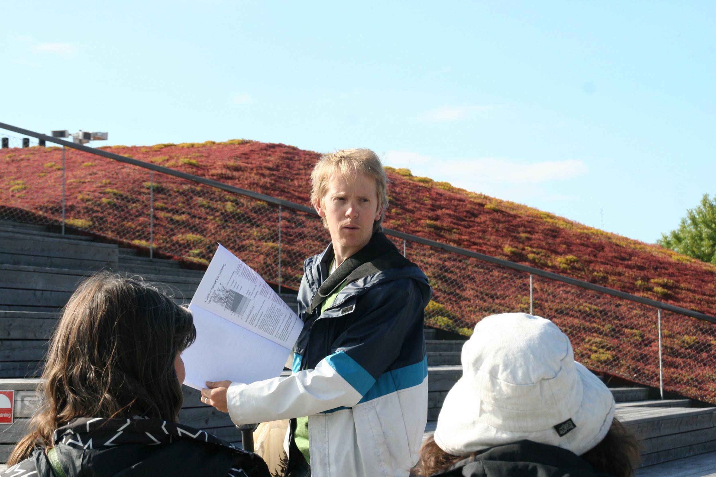 Increasing biodiversity on Green Roofs. Jonatan Malmberg, Scandinavian Green Roof Institute.