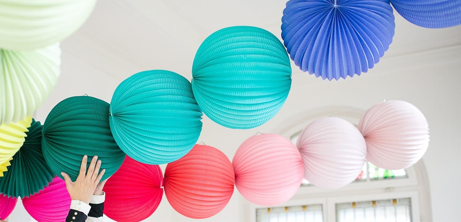 Every color you can imagine in lanterns