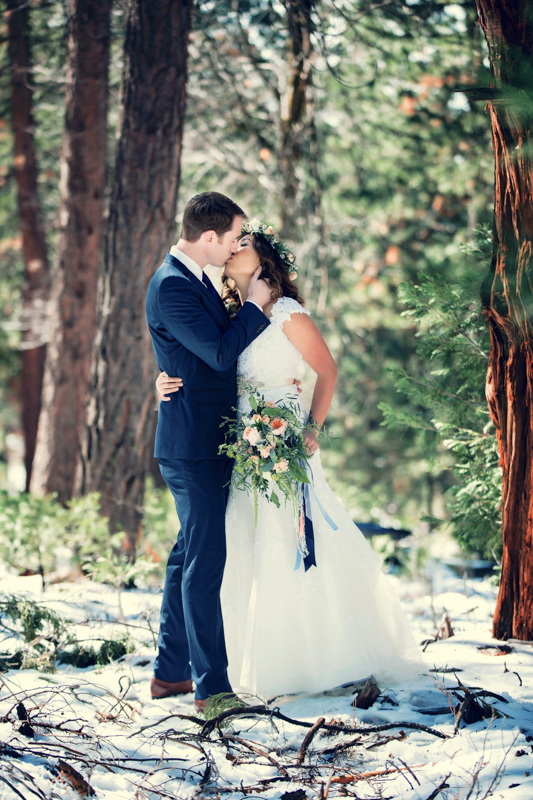 Bride and Groom at Big Bear by Derick Le Photography as seen on SanDiegoWedding.com (10 of 42).jpg