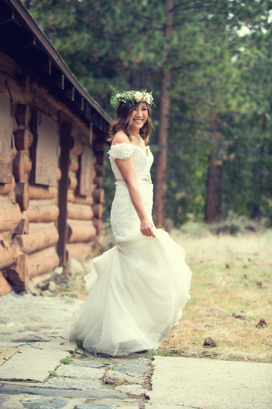 Bride and Groom at Big Bear by Derick Le Photography as seen on SanDiegoWedding.com (39 of 42).jpg
