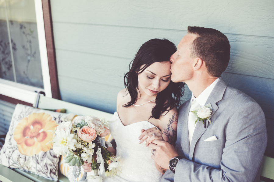 Armstrong_Wentworth_BritJayePhotography_BritJayeSubmissionSimlpeDIYJulianWedding55_low.jpg