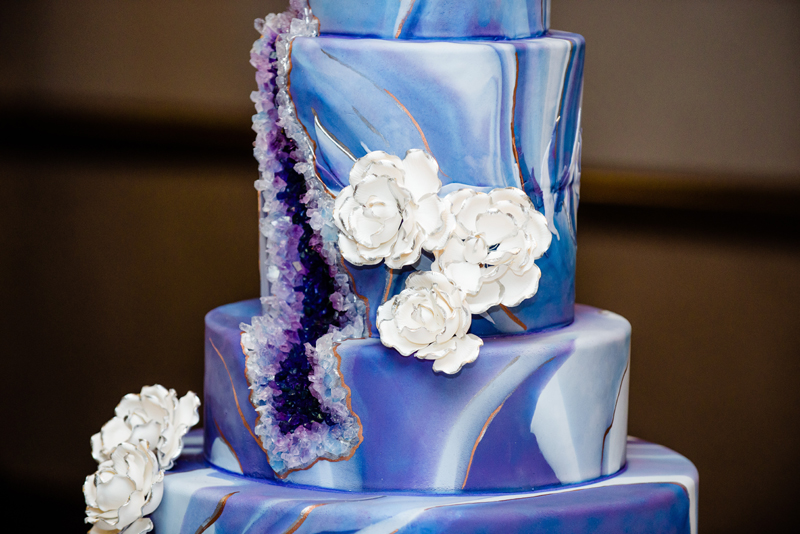 Talk about drama! The geode wedding cake will be the coup de grace for your wedding reception!