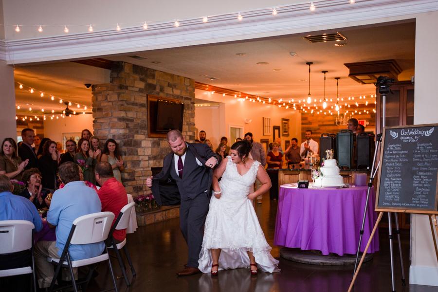Sedwick_Burton_TalaraJoWeddings_wedding100_low.jpg