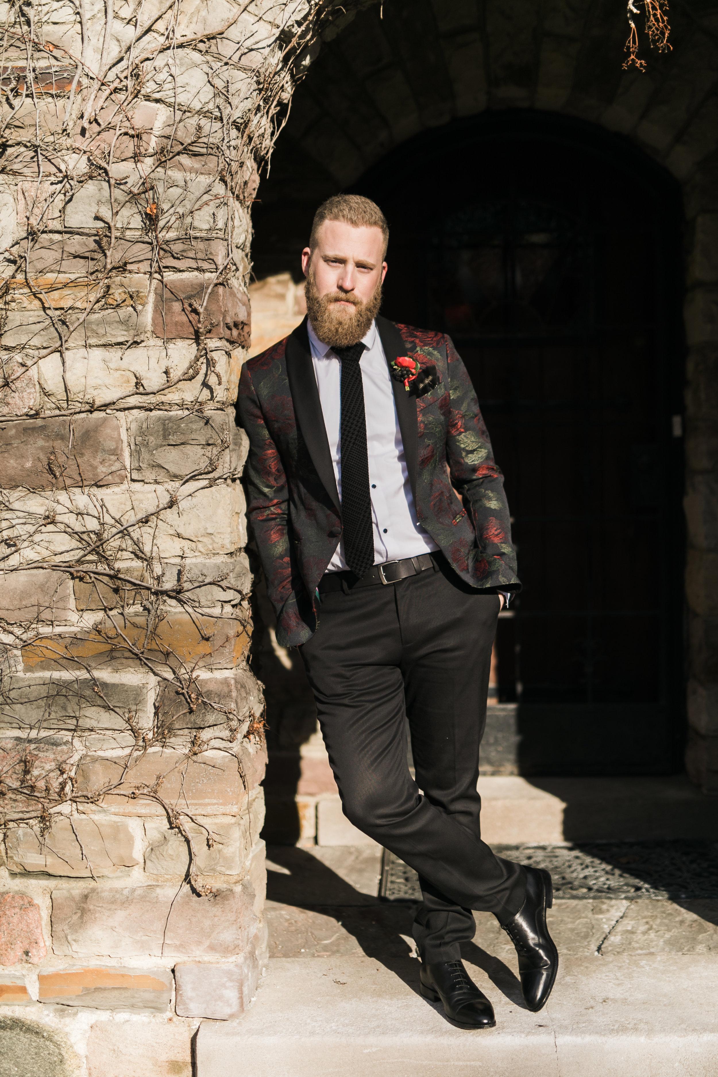 Canadian_black_red_silver_wedding_editorial_shoot-330.jpg