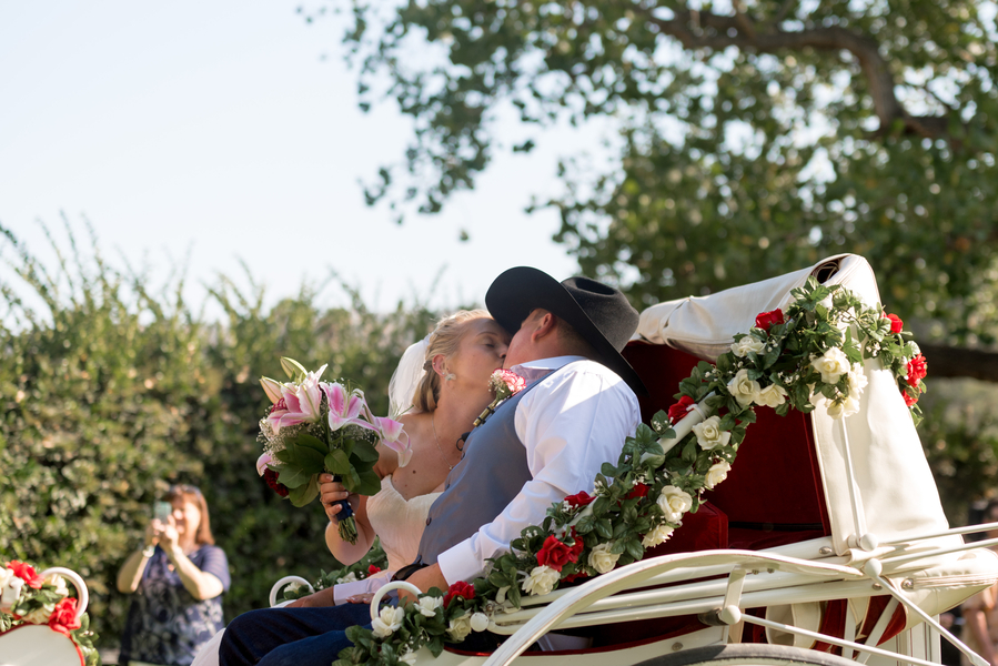 Hurd_George_BobHoffmanPhotographyVideo_TaylorDustinWeddingHoffmanPhotoVideo439_low.jpg