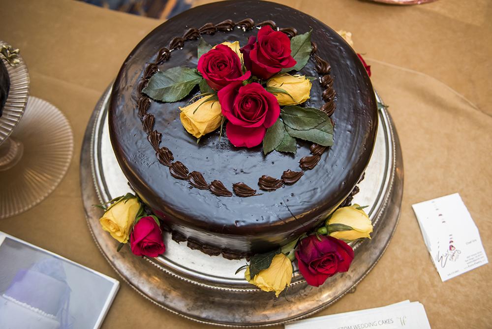 cake 0054SanDiegoWeddingCom.jpg