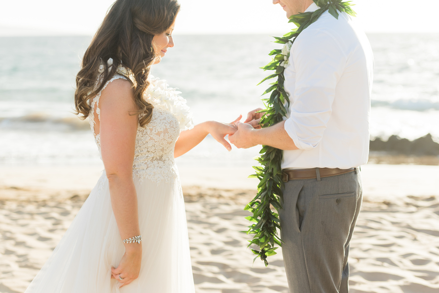 Jager_Laird_KarmaHillPhotography_mauiweddings23_low.jpg