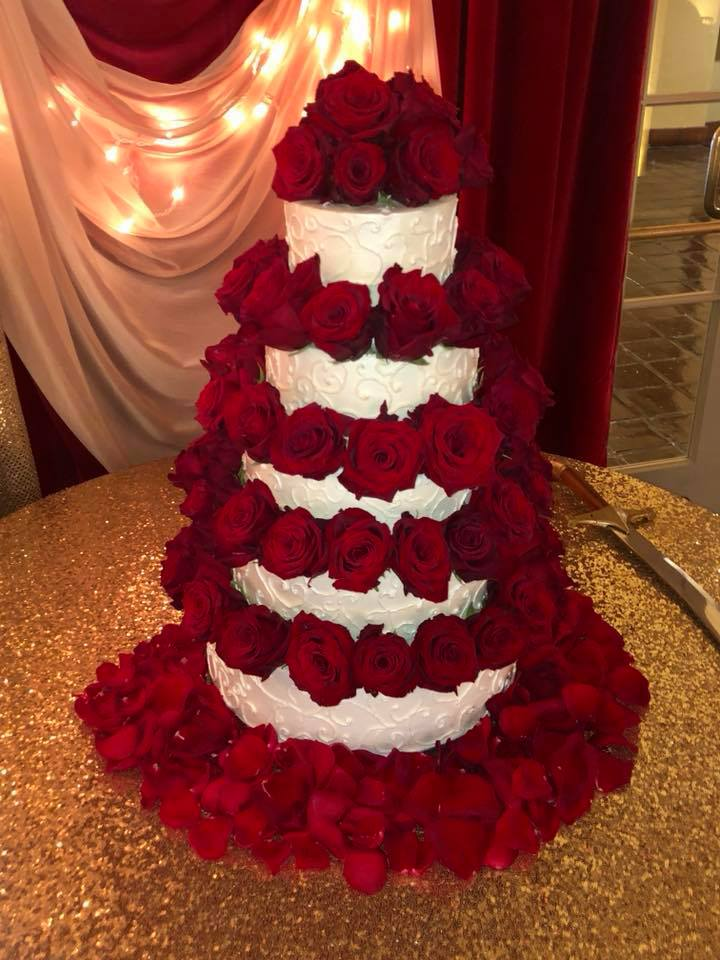 sweet by alfie red rose cake.jpg