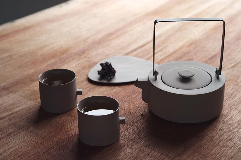 tea-set_020715_04.jpg
