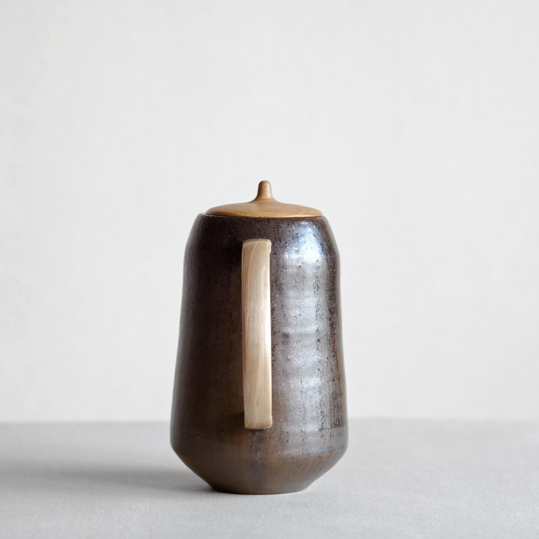 Iron with wooden Teapot - Sfera