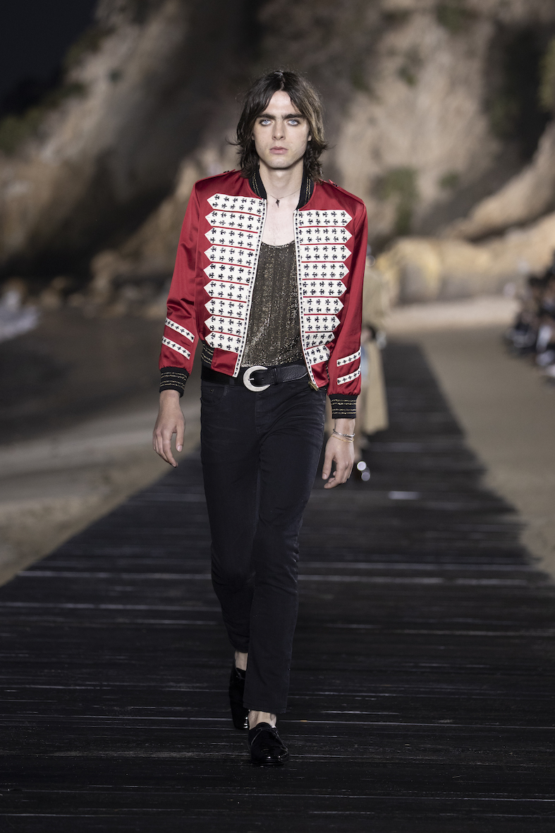 Behind_The_Blinds_Magazine_SAINT LAURENT_MEN_SS20_RUNWAY_15_HR.jpg