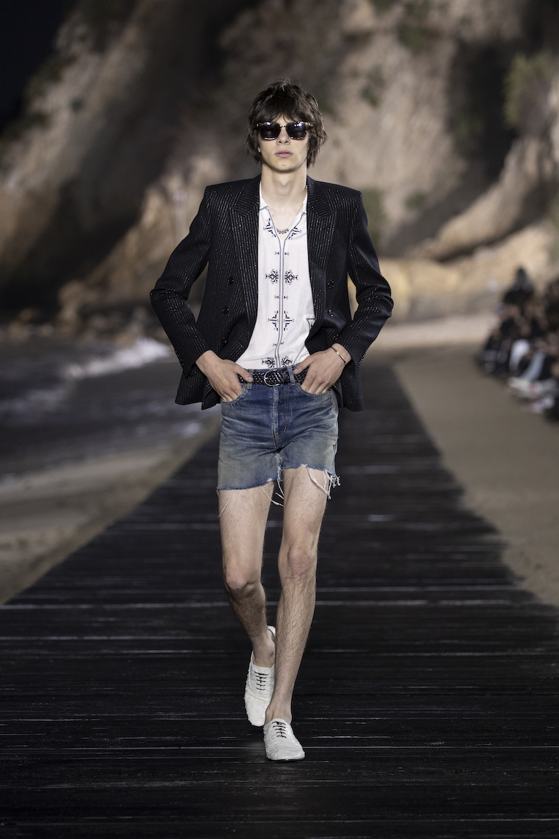 Behind_The_Blinds_Magazine_SAINT LAURENT_MEN_SS20_RUNWAY_40_HR.jpg