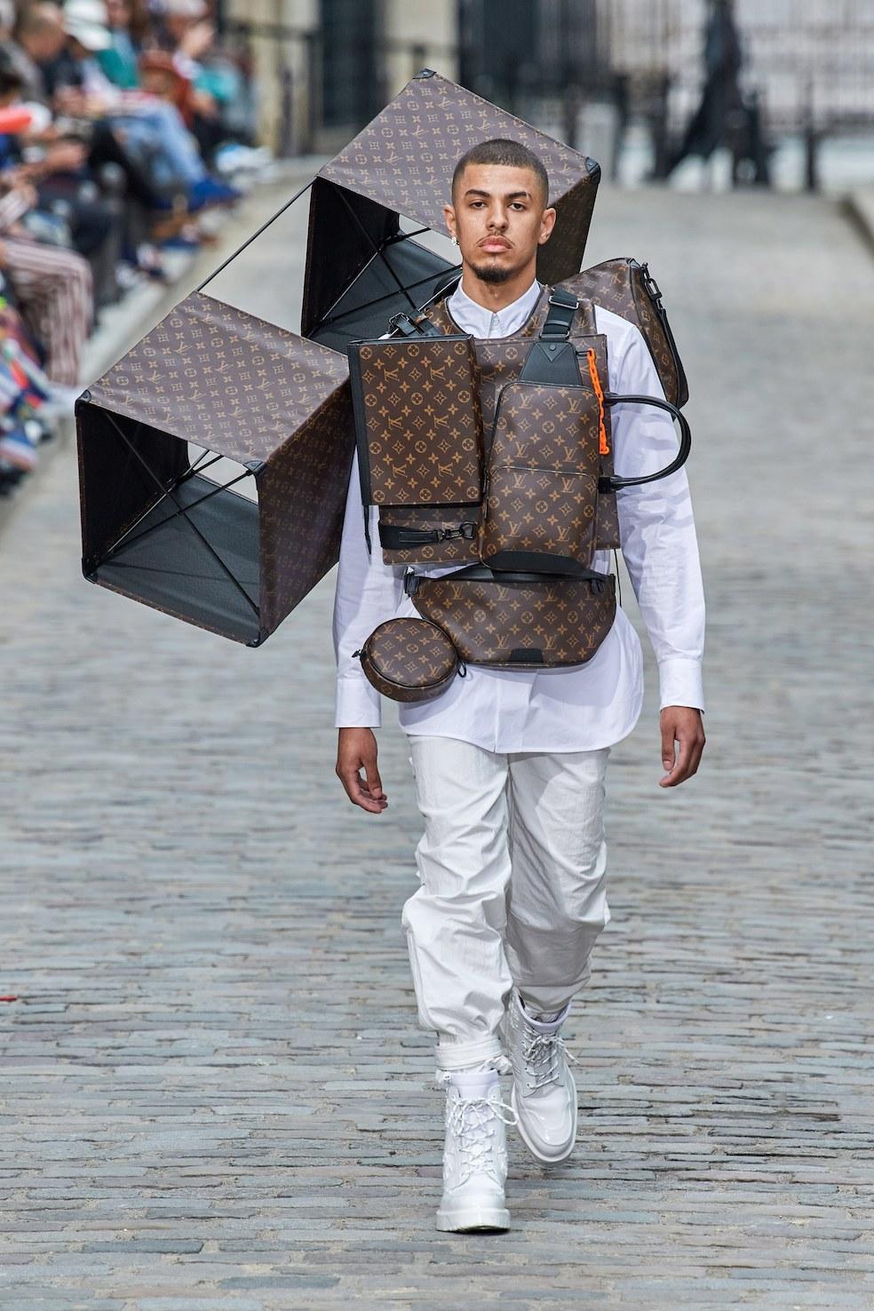 Louis_Vuitton_SS20_Behind_The_Blinds_Magazine__FIO0848.jpg