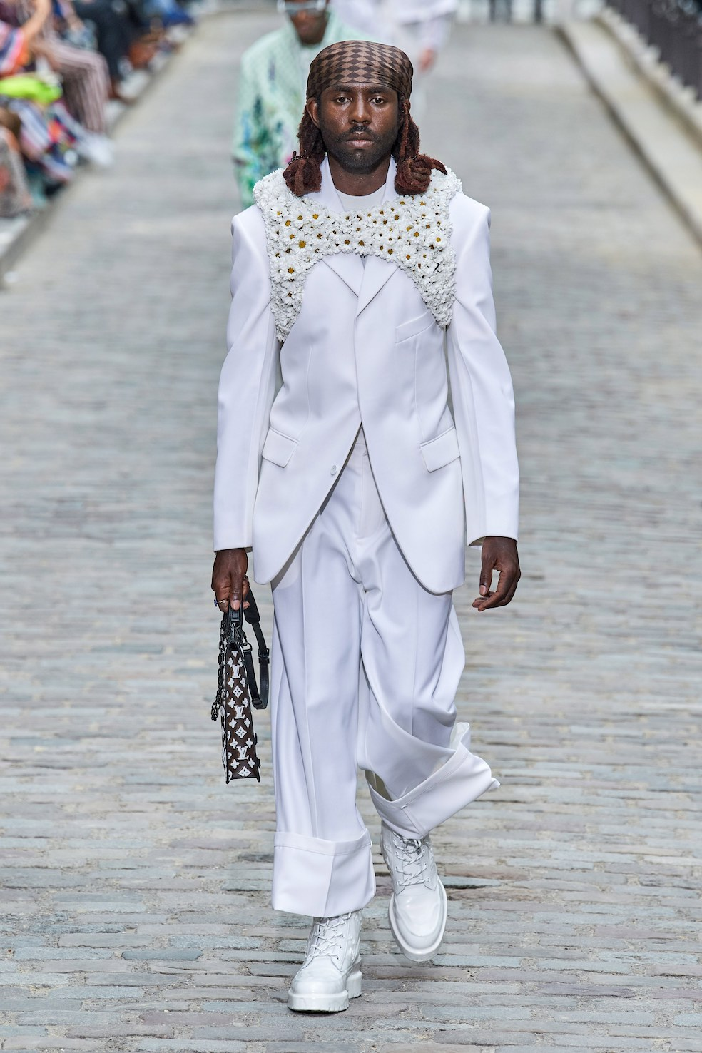 Louis_Vuitton_SS20_Behind_The_Blinds_Magazine__FIO0805.jpg