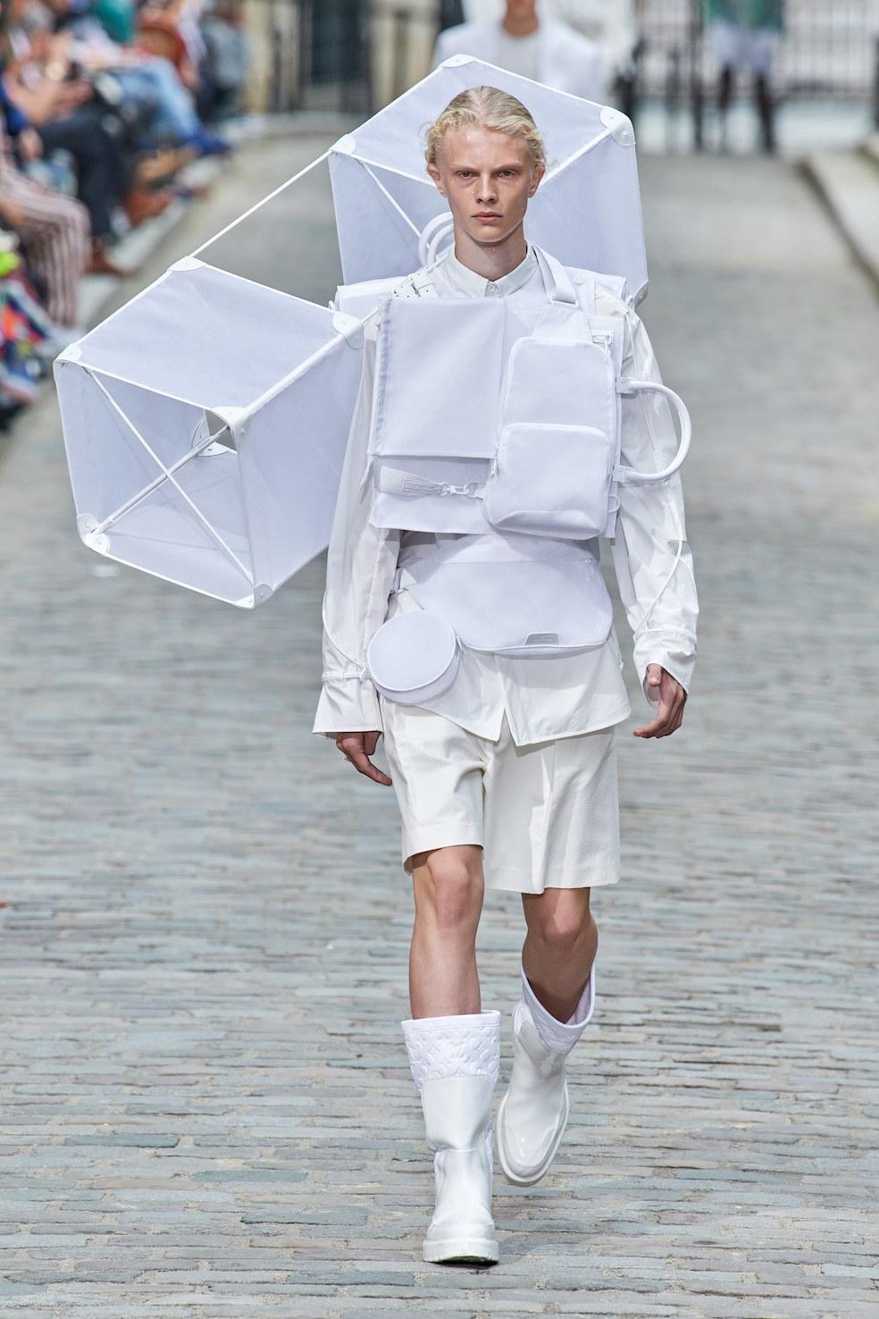 Louis_Vuitton_SS20_Behind_The_Blinds_Magazine__FIO0748.jpg