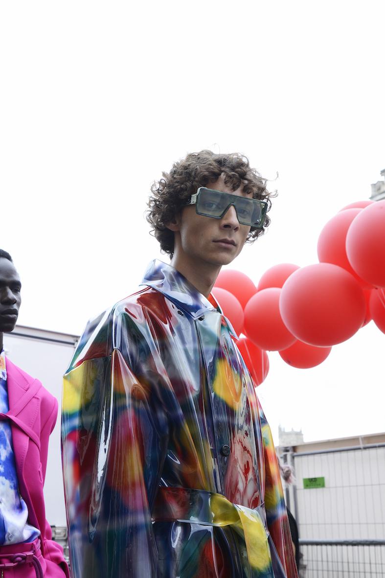 Louis_Vuitton_SS20_Behind_The_Blinds_Magazine_d805561-jpg.jpg