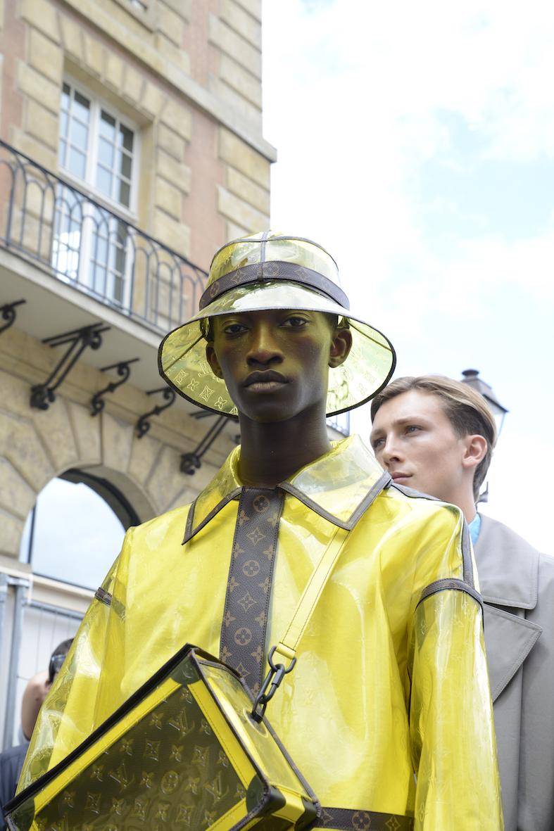 Louis_Vuitton_SS20_Behind_The_Blinds_Magazine_d805302-jpg.jpg