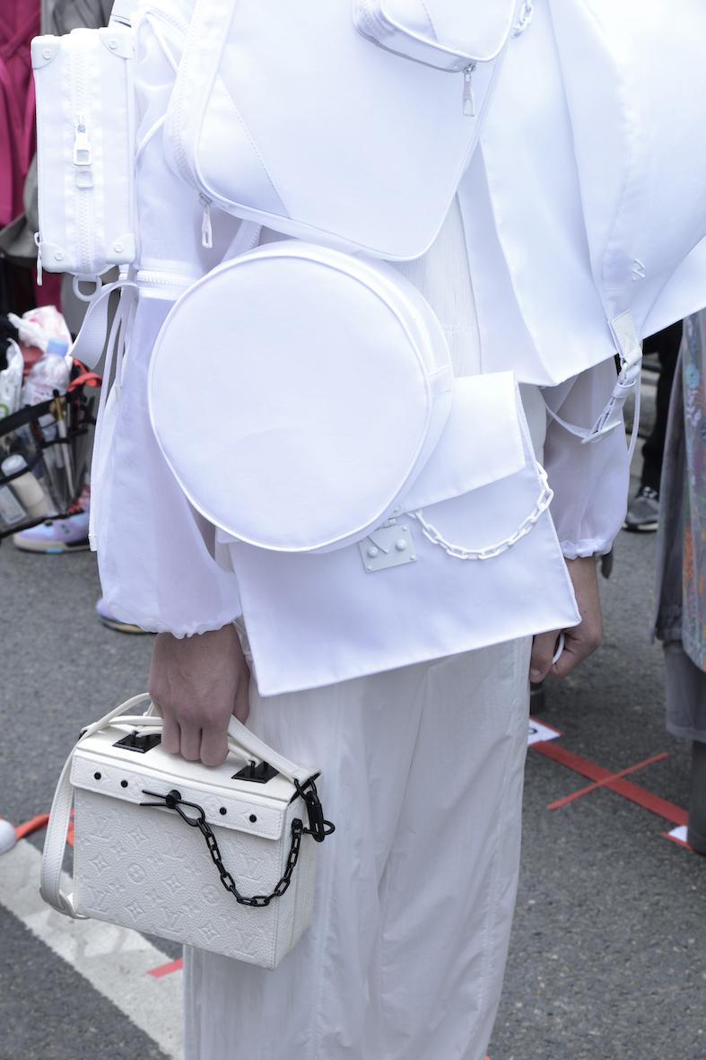 Louis_Vuitton_SS20_Behind_The_Blinds_Magazine_d805268-jpg.jpg