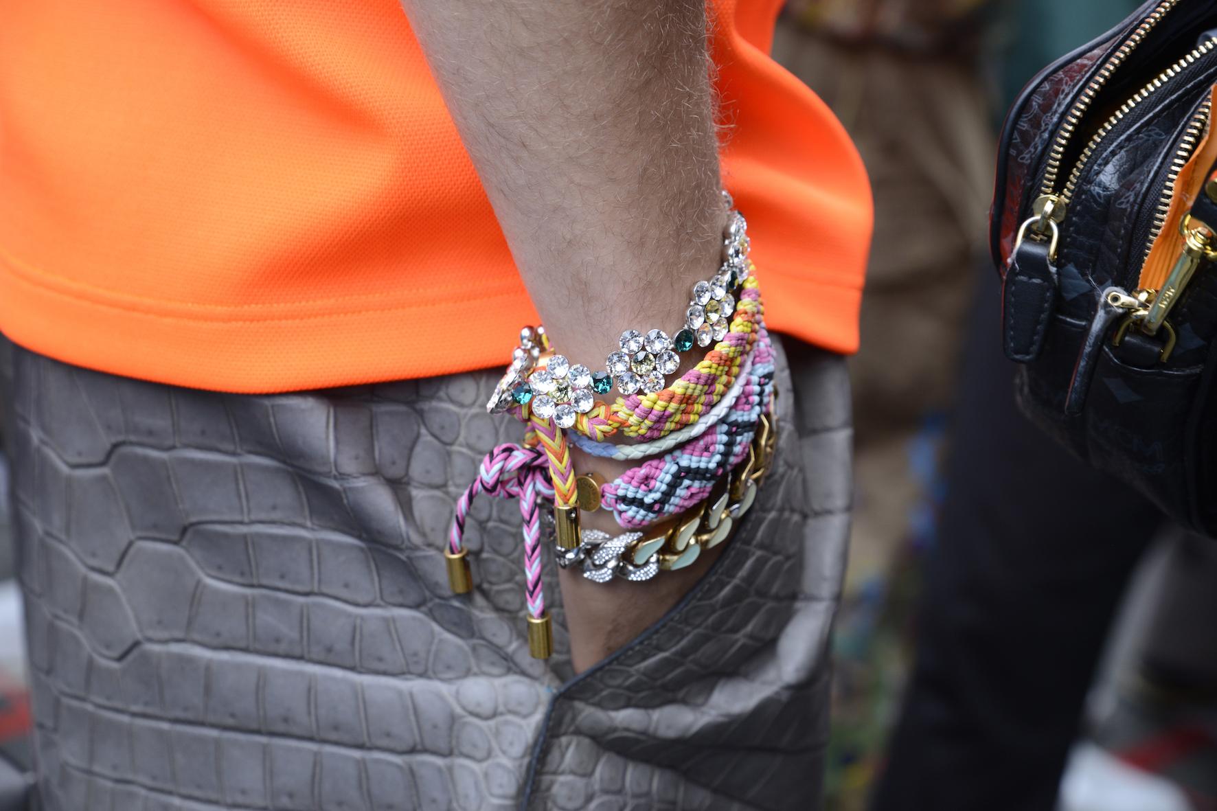 Louis_Vuitton_SS20_Behind_The_Blinds_Magazine_d804743-jpg.jpg