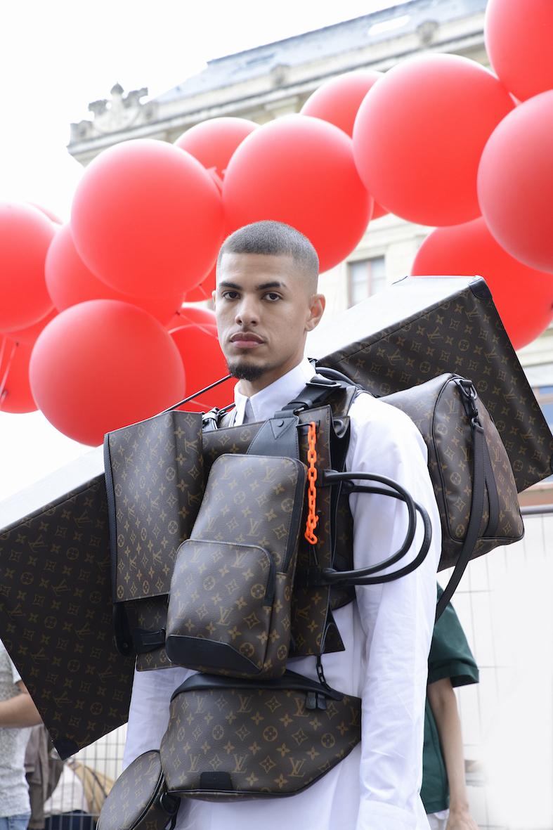 Louis_Vuitton_SS20_Behind_The_Blinds_Magazine_d804551-jpg.jpg
