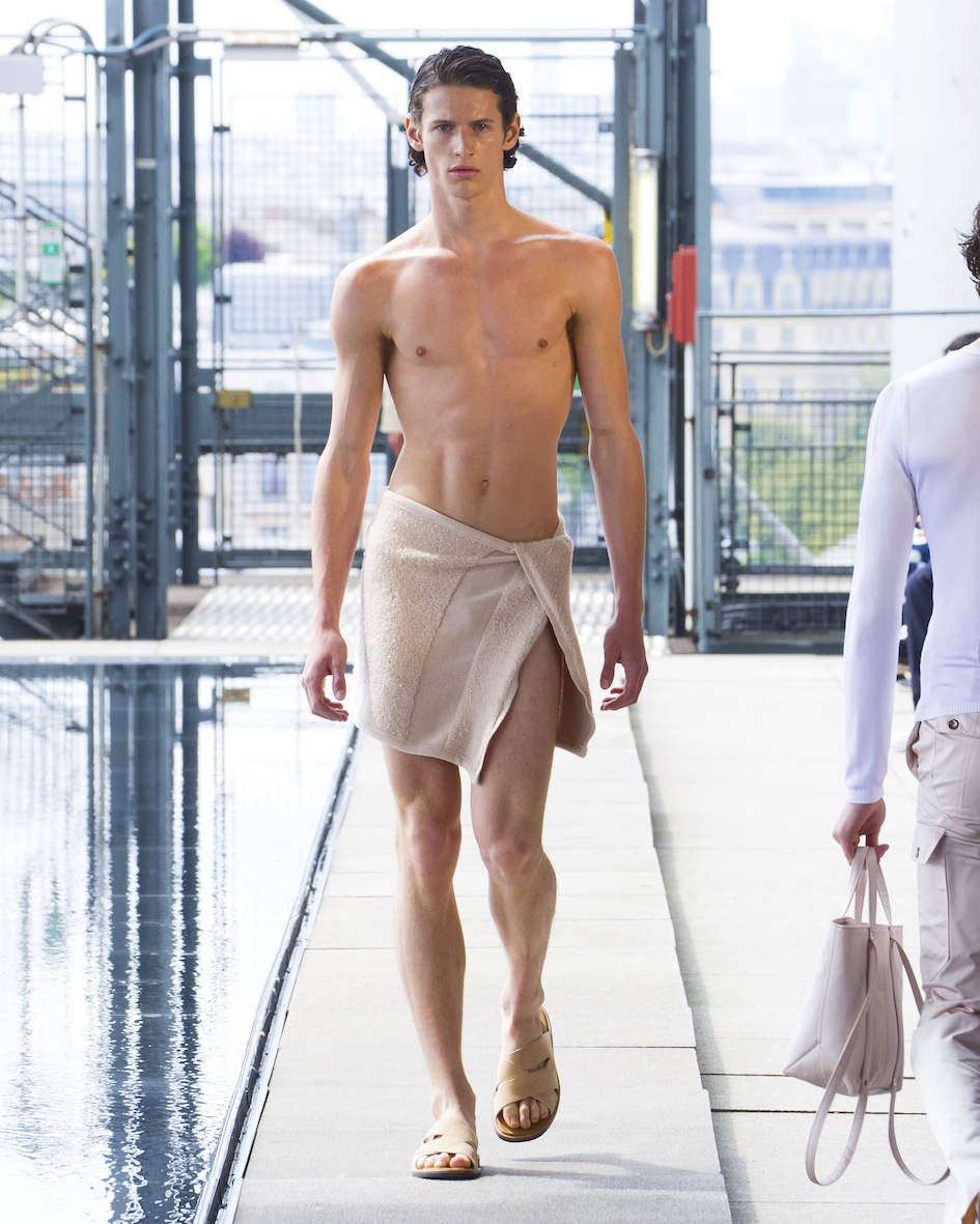 Ludovic de Saint Sernin SS20 Look 7_Behind_The_Blinds_Magazine_.jpg