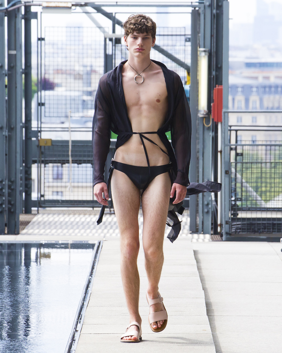 Ludovic de Saint Sernin SS20 Look 30_Behind_The_Blinds_Magazine_.jpg
