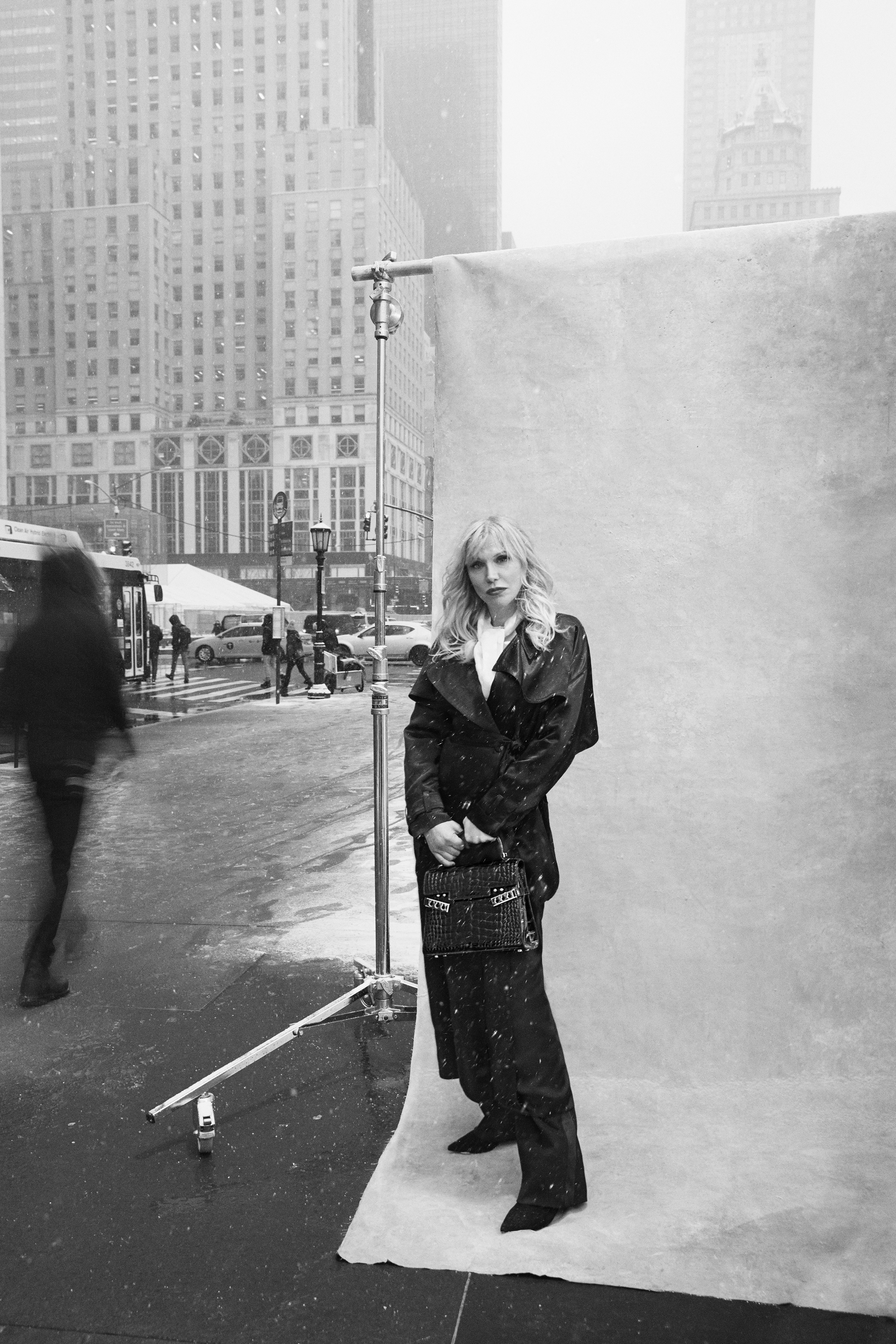 DELVAUX_New_York_Stories_Courtney_Love_by_Francesco_Carrozzini.jpg