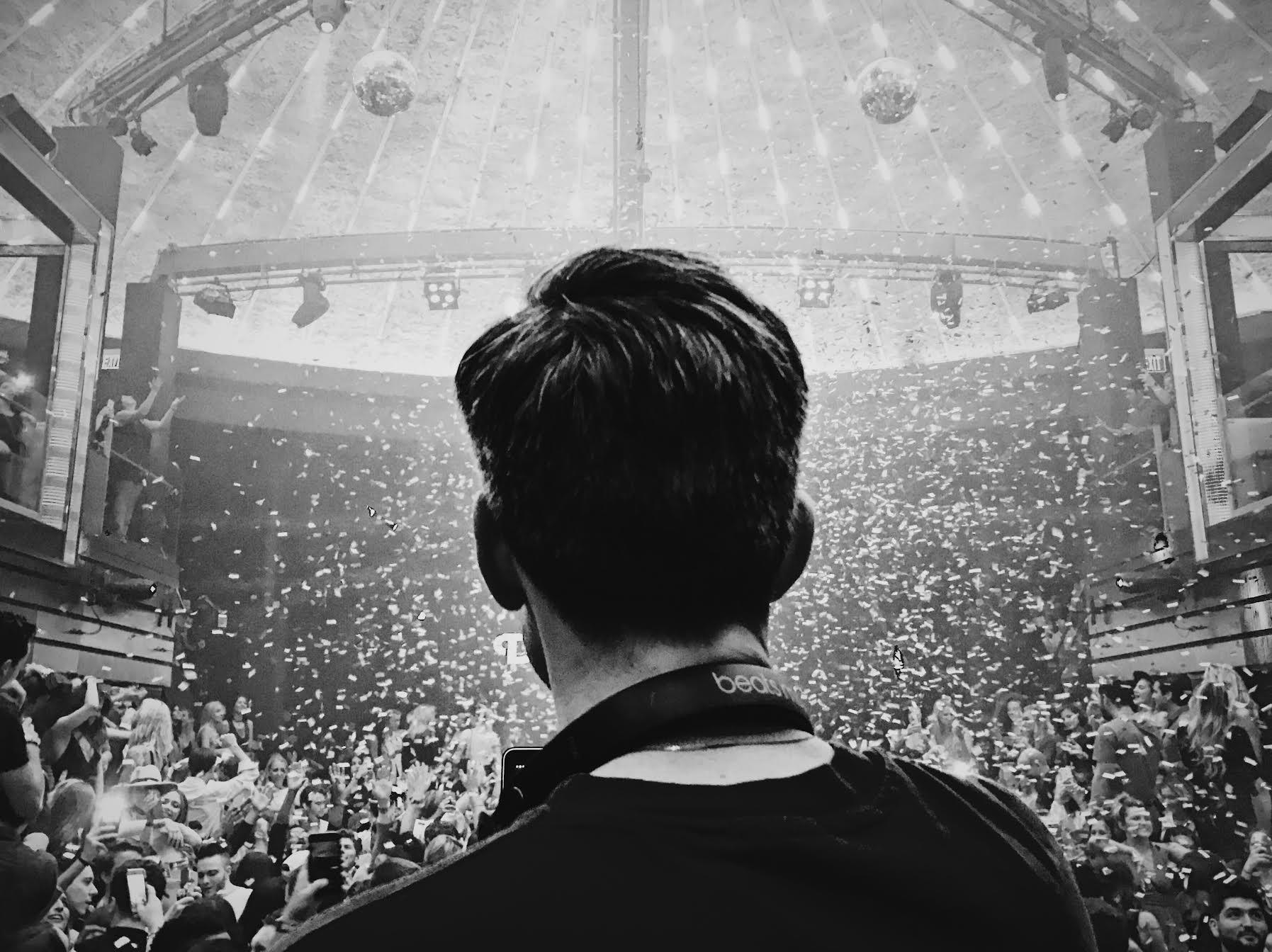 DJ Ross One LIV.jpg